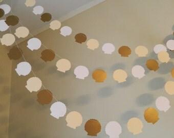 Paper Sea Shell Garland / 10ft Gold Shell garland / Beach Wedding Decor /Bridal Shower Decor /Photo Prop / SeaShell Garland /