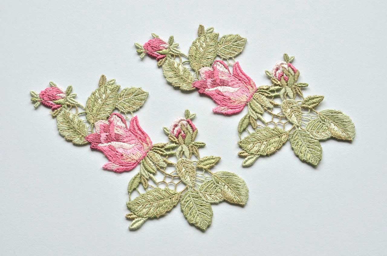 Pink garden rose buds embroidered flower appliques set of