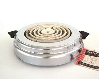 Electric Hot Plate Art Deco Chrome Small Appliance Food Photography Prop Bersted Fostoria