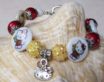 Pretty Kitty Girl and Bird Shell Coin Beads Charm Bracelet