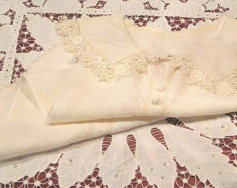Vintage Linen and Irish Crochet Lace Dicky