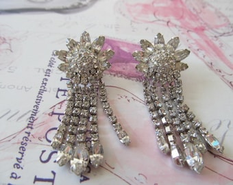 Vintage Weiss Rhinestone Star Burst Long Dangle Earrings - Bridal Jewelry ~ Hollywood glam