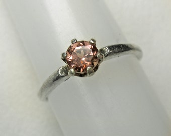 Color Shift Pink Garnet Stacking Ring in Silver, 4 mm