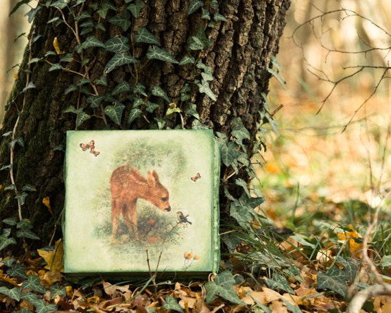 Deer Tea Box / Doe Whimsical Forest Wooden tea box / Roe Decor / Woodland Animals / Mother's Day gift