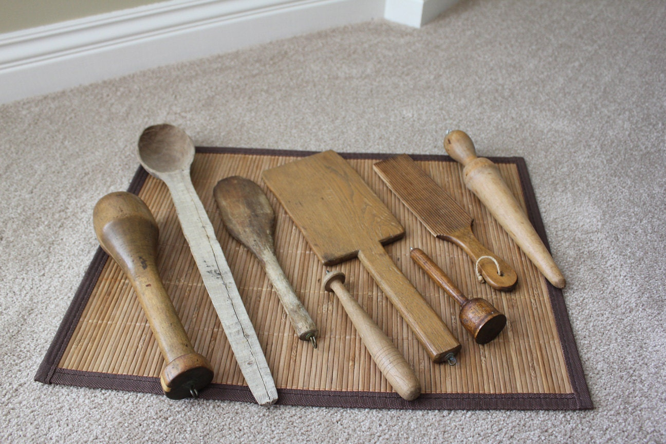Antique primitive lot of 8 wooden kitchen utensils farm house for Wooden kitchen utensils