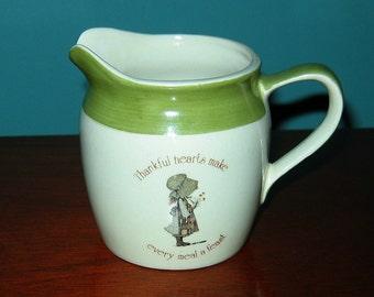 HOLLY HOBBIE 1978 Green and White Porcelain Creamer