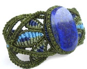 Macrame bracelet with Lapis Lazuli stone - made to order