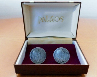 Vintage 1960's Palaos Roman Coin Replica Cufflinks In Treasure Chest Box, 21mm Diameter Pewter Grey. In Good Condition.