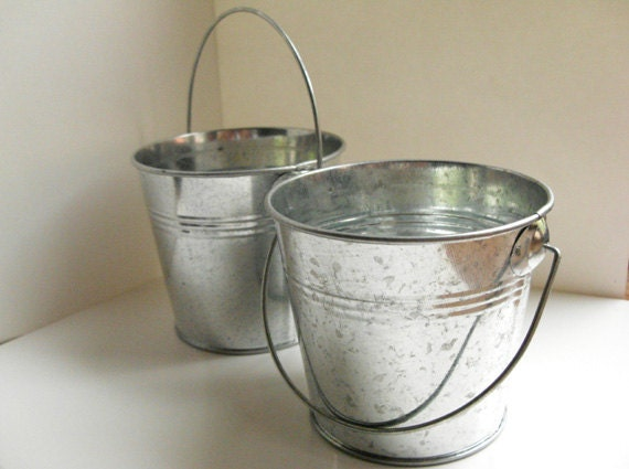 Silver galvanized bucket 3 metal bucket small pail for Tiny metal buckets