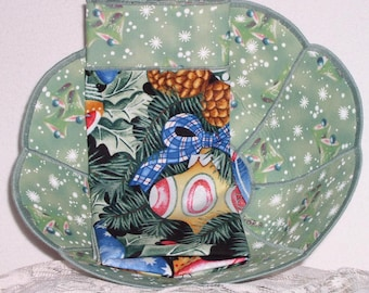 Christmas Reversible Fabric Bowl - Pastel Christmas Ornaments on Black Large Scalloped Reversible Fabric Bread Bowl w/ napkin