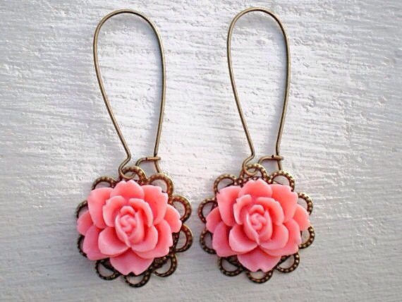 Romantic Rose Earrings/Pink Coral Earrings/Pink Earrings/Rustic wedding Earrings/Bridesmaid Earrings/Mother's Day Gift