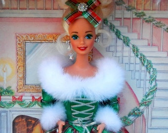 Vintage Barbie Winter's Eve Special Edition 13613 from 1994 New In Box