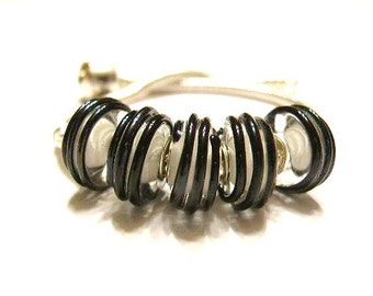 5 Black Raised Track, Glass Lampwork Beads for European Slide Charm Bracelets  - Euro, Big Hole Beads