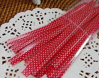 RED POLKA DOT Twist Ties: 25 Ties (10 x 0.4 cm)
