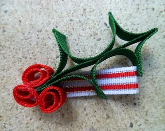 Holly Hair Clip, cute Christmas hair accessory- 1 Clip - perfect for holiday photos!