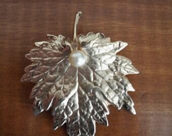 Vintage Napier Leaf Brooch with Pearl