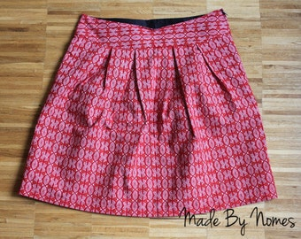 RED Shwe Shwe Cotton Pleated above the Knee Skirt with side zipper. fully lined. Size UK 10/Small. Ships from USA