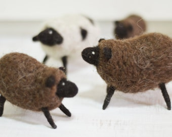 Felt doll - Needle felting - Handmade toys - Figurines - Felt toys  - Miniature - Gifts for her - gifts for men - Sheep - Toy Animals - Doll