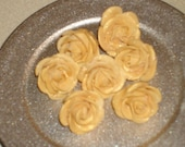 One Inch Gumpaste Roses for  Cakes, Cup Cakes and Cake Pops - GumpasteGarden