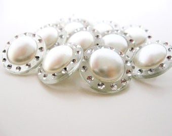 Pearl Buttons set of twelve - 18mm