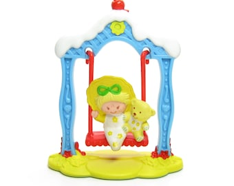 Butter Cookie and Jelly Bear on a Swing Vintage Strawberry Shortcake Deluxe Miniatures Set