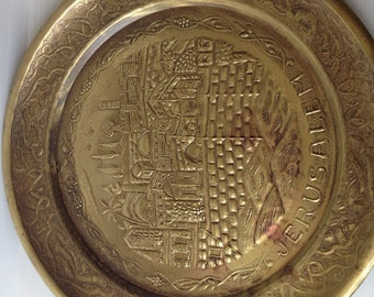 round brass tray, hammered brass tray, jerusalem landscape, vintage brass tray made in jerusalem, israeliana, judaica