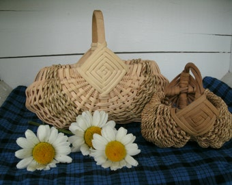 SALE 2 Hand Made Vintage Small  Splint Baskets