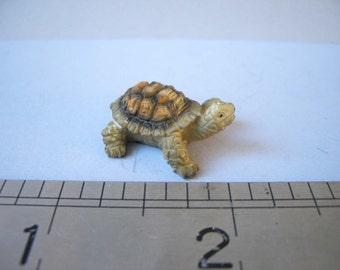 1:12th Tortoise Resin Hand-painted for the Dolls House Garden