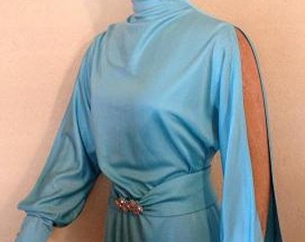 Vintage 1970s turquoise  evening gown by the designer Lilli Diamond of California