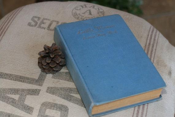 Little Women by Louisa M. Alcott - Copyright 1915, Blue Decor, Classic Book, Winter Reading, Christmas