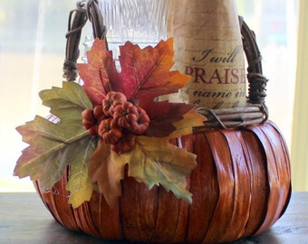 Fall Pumpkin Basket Table Centerpiece Thanksgiving Leaves Decoration (SMALL)