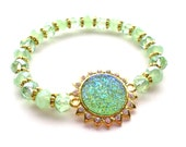 Mint Green Peridot Glitter and Rhinestone Sunburst Beaded Stretch Bracelet