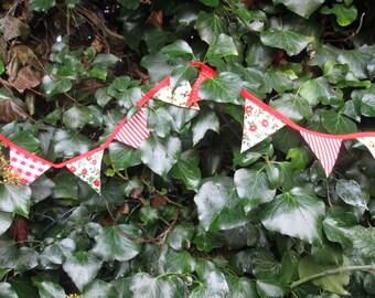 Mini Christmas Bunting Craft Kit Red Christmas Decorations Kit Christmas Craft Kit Christmas Crafts DIY Christmas