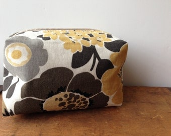 Brown and Yellow Floral Box Pouch, Cosmetic Purse, Small zipper pouch, Cute Cosmetic Bag, Makeup Purse, Gadget Case
