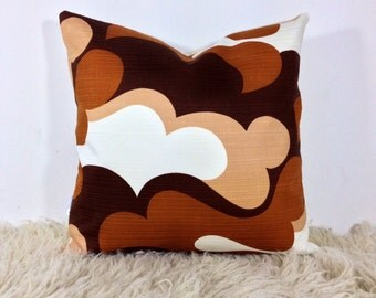 "Vintage 1970s Brown Psychedelic 16"" x 16"" Cushion Cover . Retro Throw Pillow"