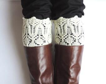 Hand knit BOOT CUFFS. Lace boot cuffs. Faux boot socks. Ivory boot cuffs. Natural wool white cuffs. Lace leg warmers. Shoe accessories.