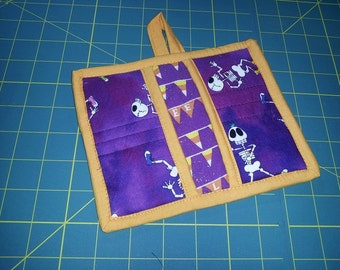 6 X 7 Purple Halloween Pot Holder, Hot Pad, Oven Mitt, Skeleton, Yellow, Orange, Candy Corn, Sneakers, Insulated, Quilted, Pockets, Loop