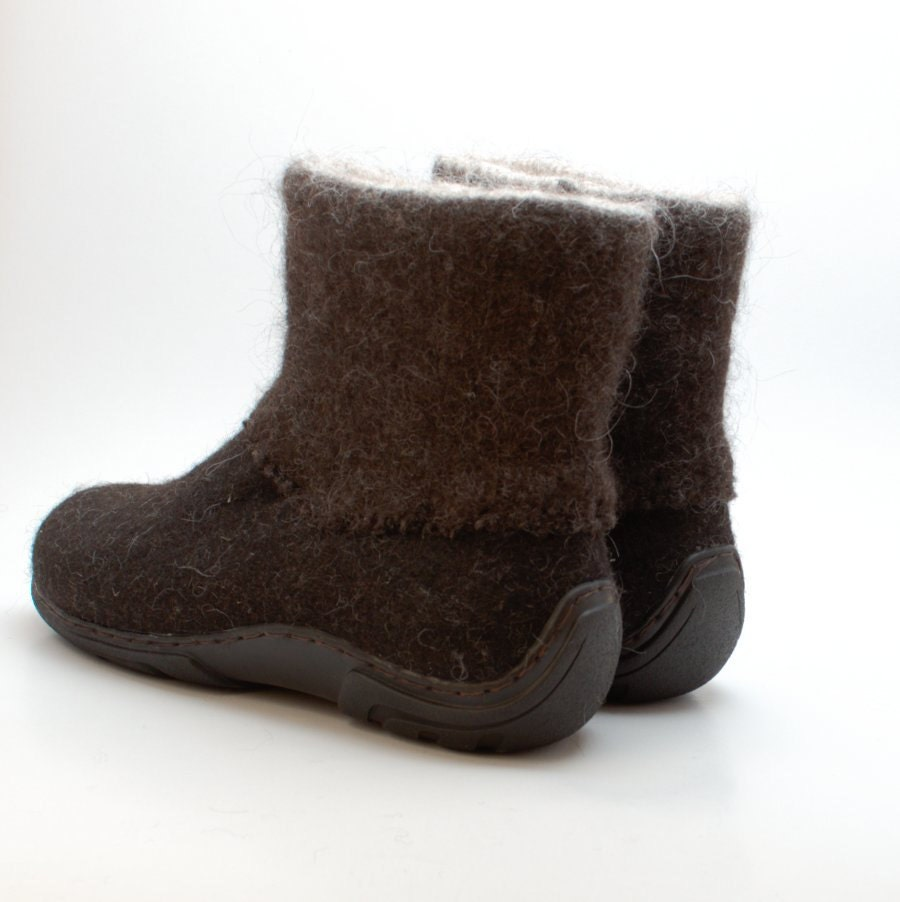 handmade winter mens boots in brown shoes for boots