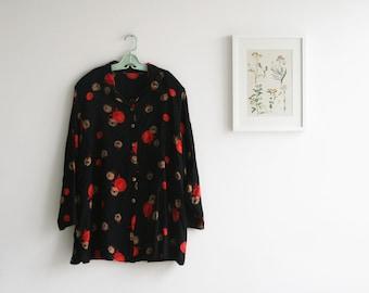 SALE / Vintage 80s Floral  Print  Blouse, Black short sleeve top, Plus size shirt, Buttoned down top