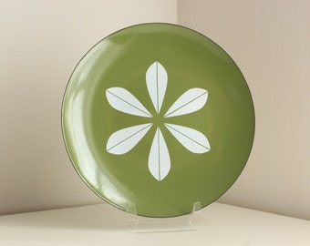 Cathrineholm Large Lotus Plate in Avocado Green