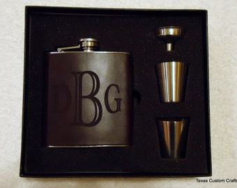 Personalized Leather Groomsman Gift Flask, Laser Engraved Flask, Monogrammed Flask, Graduation Gift