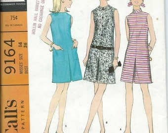 McCall's 9164 VTG 1960s Misses Dress with Inverted Pleat Pattern, Size 14 UNCUT