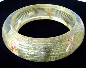 Vintage Clear Lucite Sea Shell Bracelet Marine Life  Starfish Fishing Net  Super Wide Chunky Summer Resin Beach Bangle