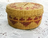 Vintage Sweetgrass Basket with 12 Coasters Heart String Motif