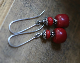 Sterling Silver Rustic Corals earrings n.174-ocean gipsy tribal rustic earthy, earth, gipsy, red coral, stylistic, elongate, pendulum, coral