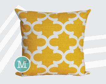 Yellow Moroccan Quatrefoil Lattice Pillow Cover Sham - 18 x 18, 20 x 20 and More Sizes - Zipper Closure - sc1820
