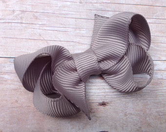 Small gray boutique bow - gray bow