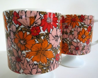 Mid Century Flower Power Mugs / Vibrant Orange, Pink, Red / Vintage / Holt Howard