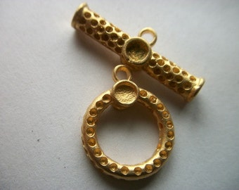 Large Gold Toggle Clasp 19mm     # EEE 6