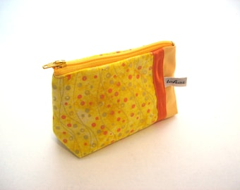 purse yellow canvas and yellow graphic fabric